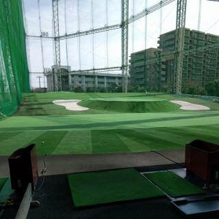 平日のゴルフ練習場に行く