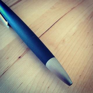 LAMY 2000 (L401) 4色ボールペンを買った