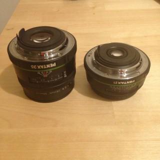 SONYのレンズカメラ、QX100とQX10のサイズ感
